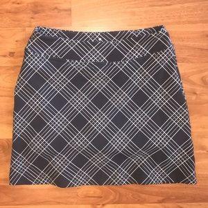 Athleta running skirt / skort / exercise / pocket